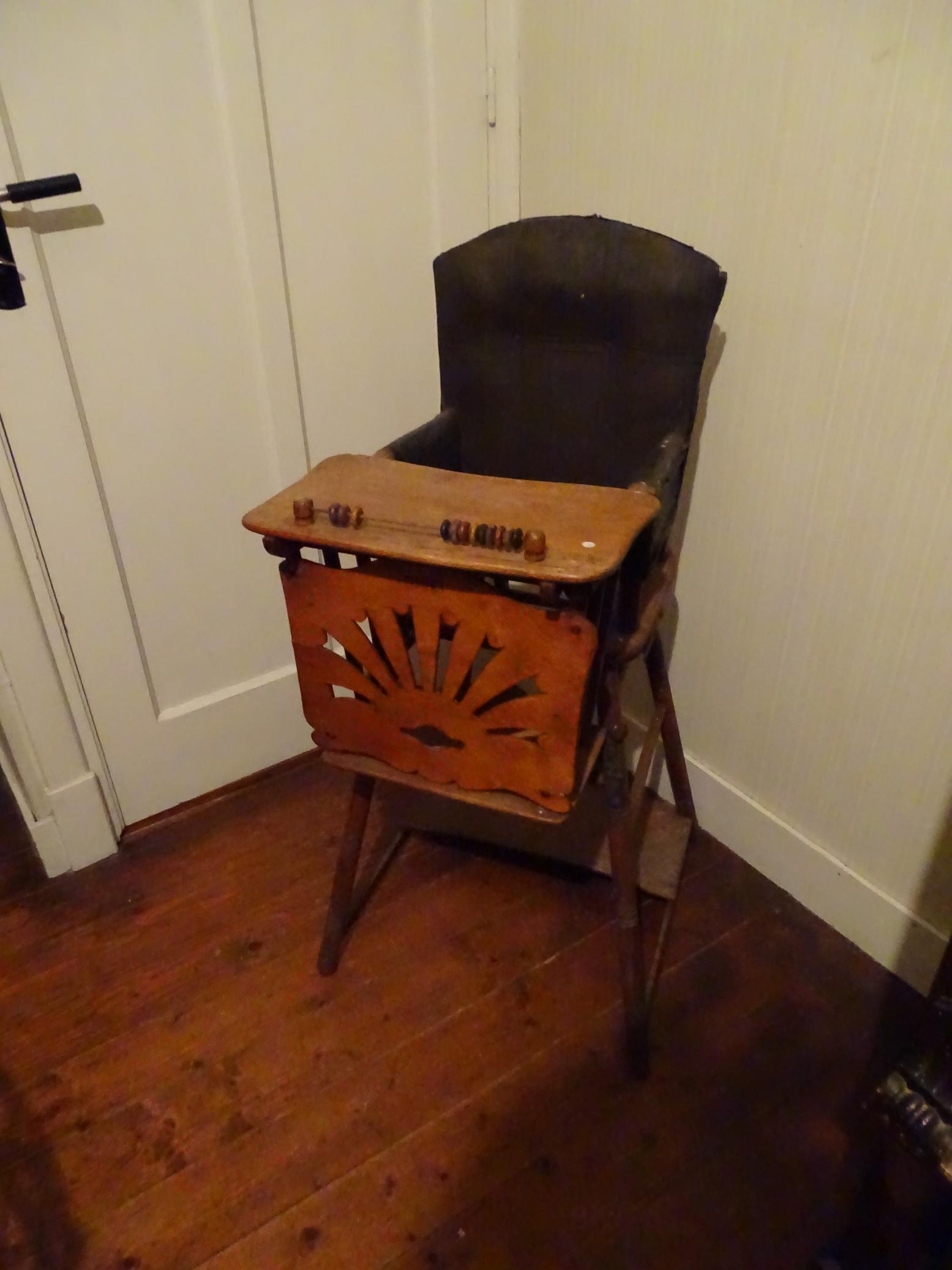 Ouderwetse Houten Kinderstoel.Oude Houten Kinderstoel Po Stoel Kinderstoeltje Brocante De